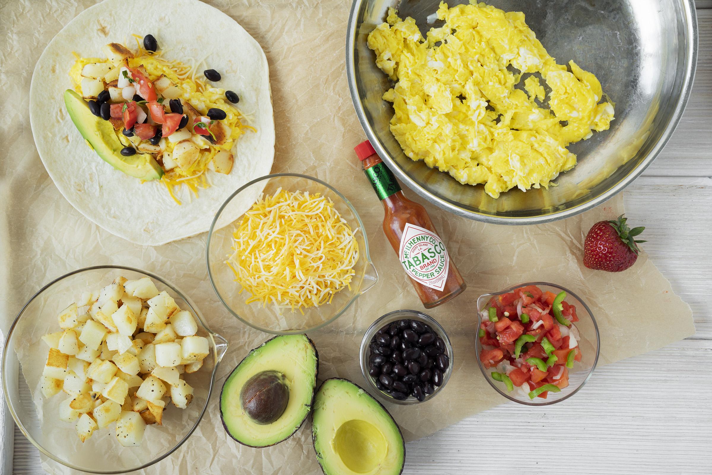 Best Breakfast Burritos and ingredients